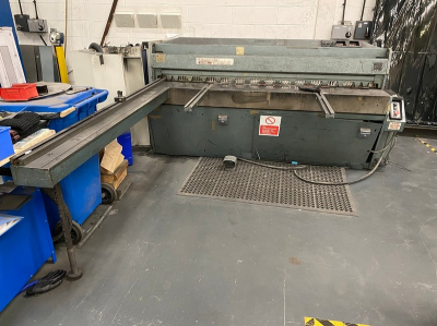 webEdwards 2500mm DD Guillotine
