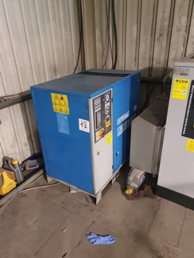 Mark MSA 15kw 8 bar packaged air compressor 2003 (This compressor is at an elevated height. There is no forklift on site…