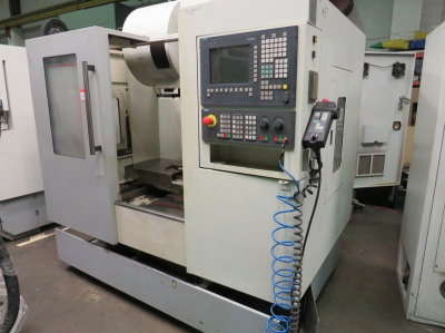 XYZ 710 Vertical Machining Centre with Siemens Sinumerik 810D Control, Table Size 800mm x 450mm, 24 Station Tool Changer…