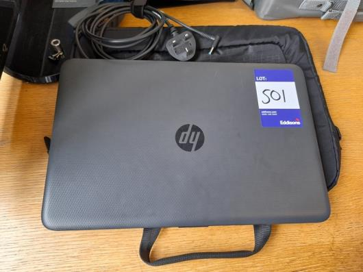 """HP 250 G4 15.5"""" Laptop with charger and case"""