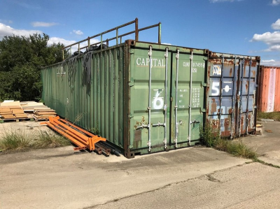 40ft Shipping Container…