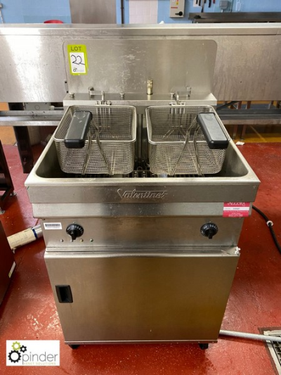 Valentine stainless steel twin basket Deep Fat Fryer, 415volts (located in Main Kitchen, Basement) **** please note this…