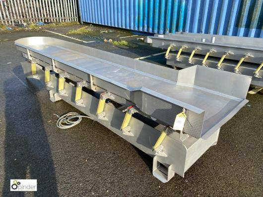 Blackrow stainless steel Vibratory Feed, width 600mm x 3500mm (please note there is a lift out fee of £40 plus VAT on th…