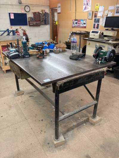 Steel surface table with steel frame